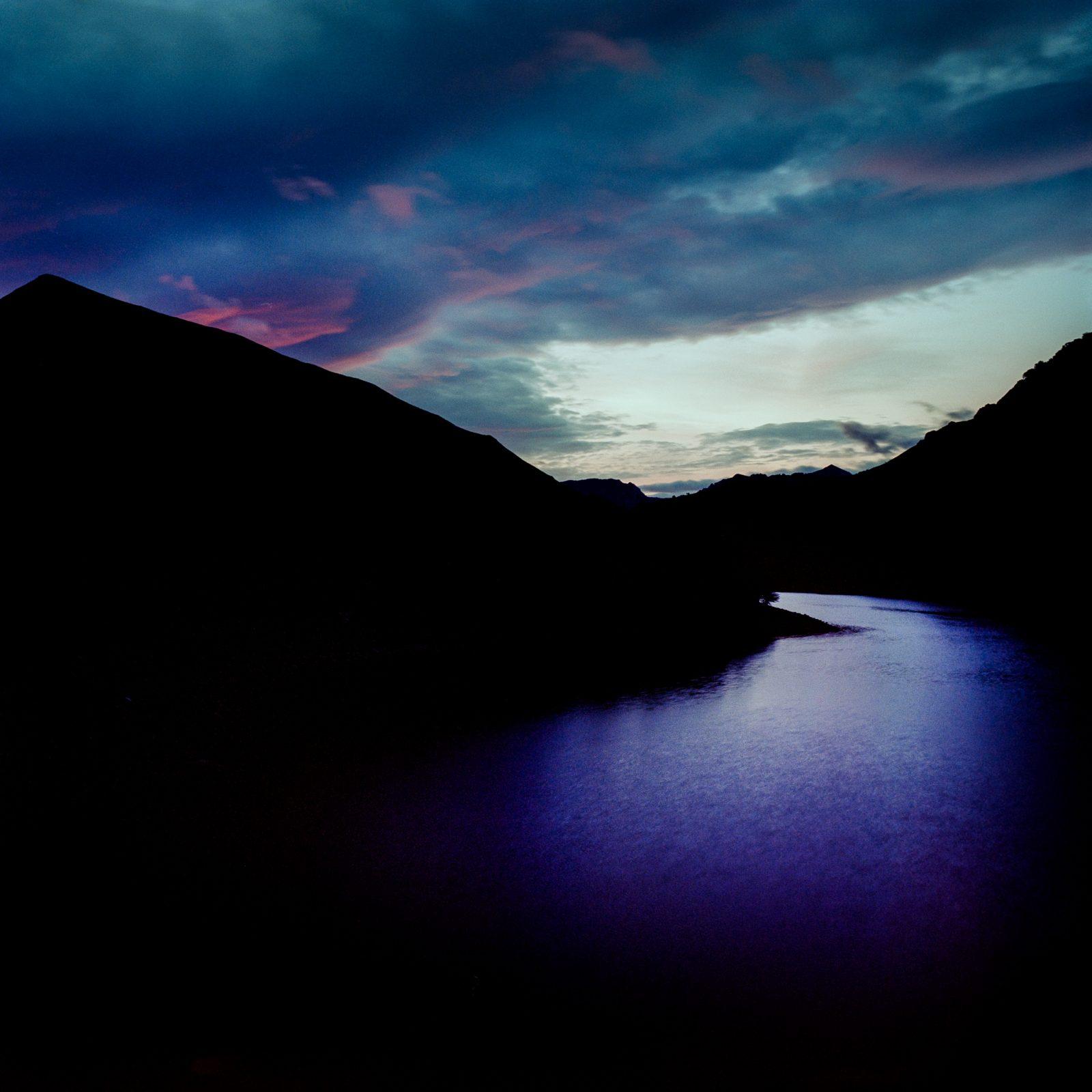 Dawn, Embalse de Tanes