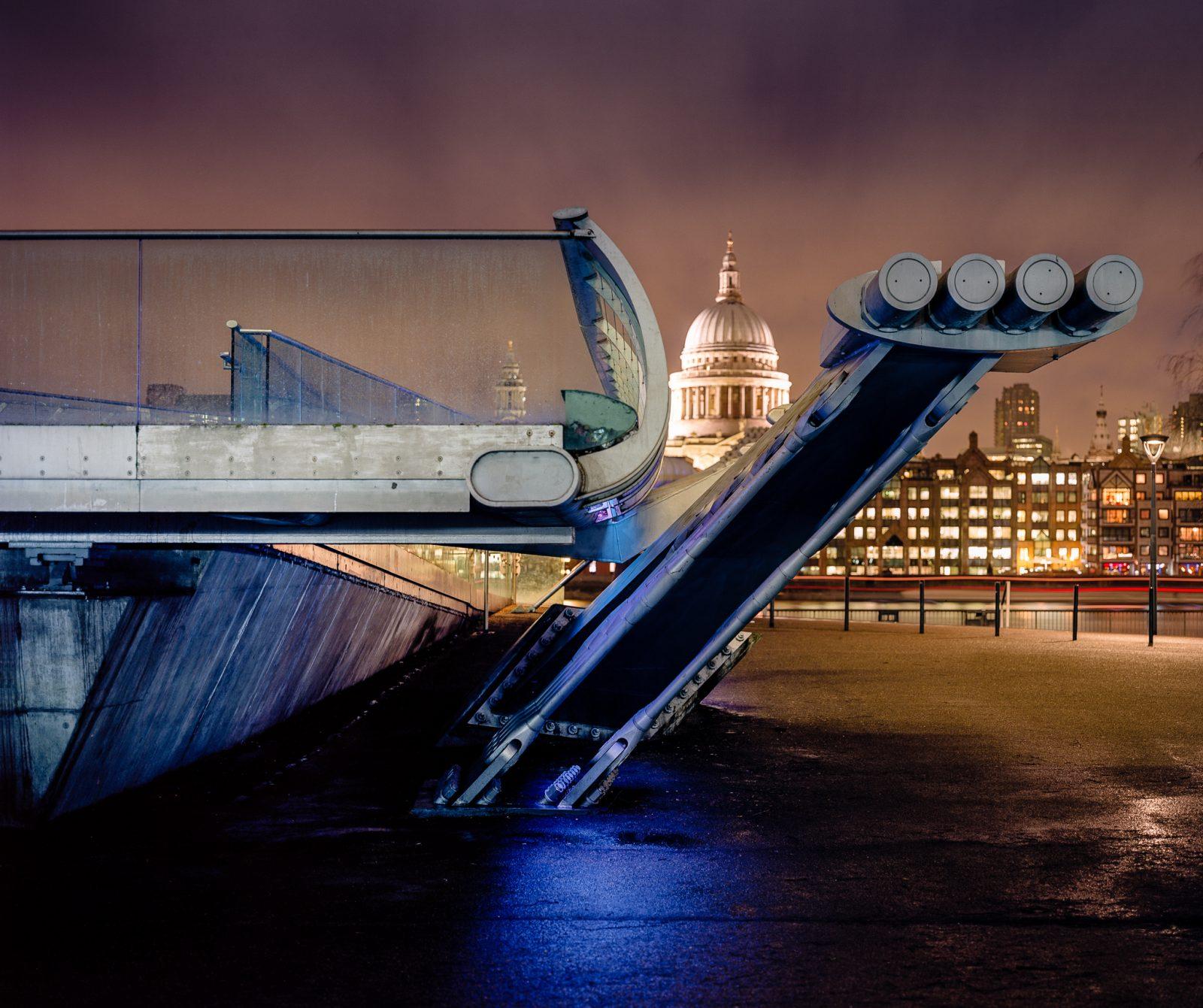 A Bridge to St Pauls